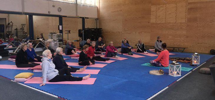 Grote opkomst bij de yoga-workshops